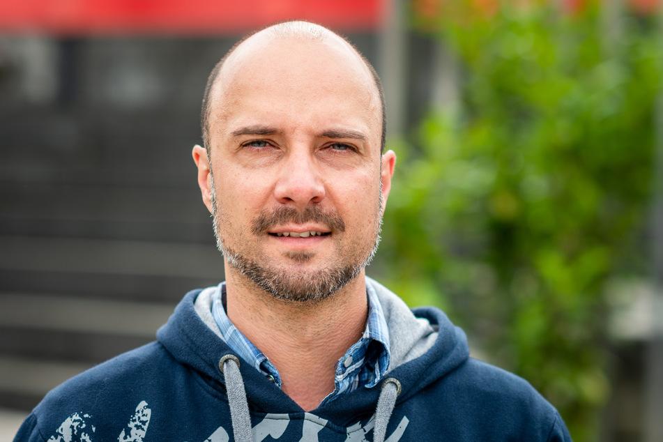 Marcus Nieher (40) vom Wohnprojekt 1 in der Heinrich-Schütz-Straße freut sich über die Aktion.