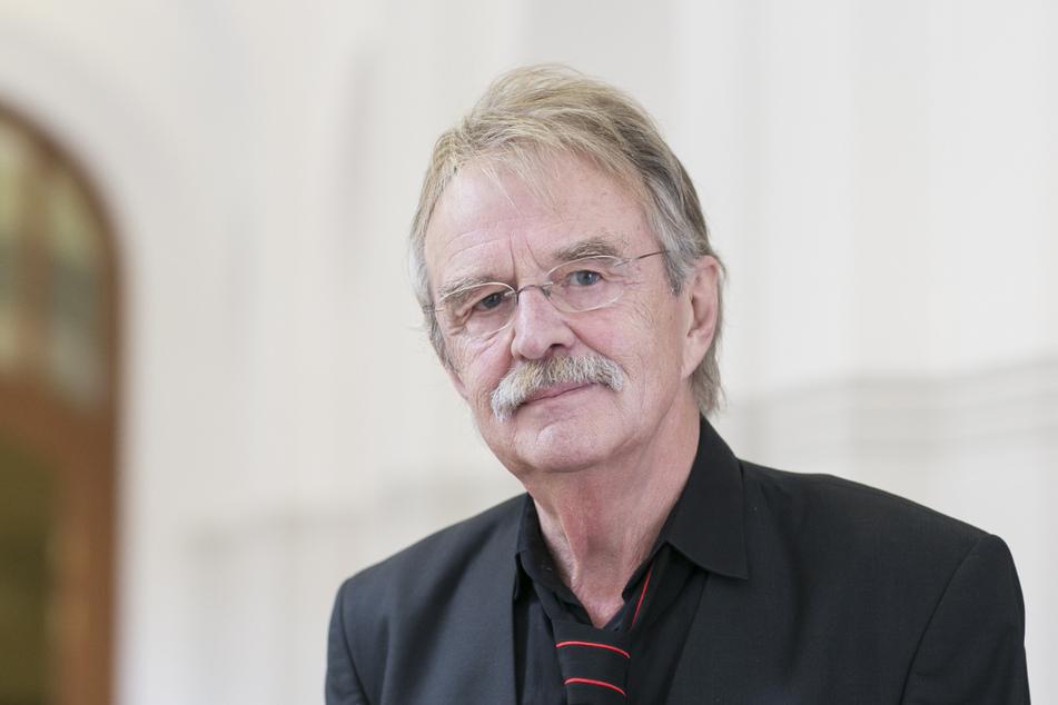 Dr. Dieter Füsslein (80, FDP) warnt vor einem Sterben der Innenstadt-Händler.