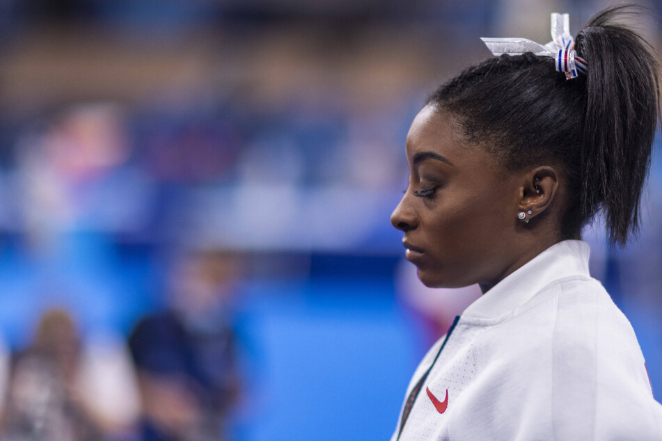 Simone Biles shockingly withdraws as Russia claims first Olympic team gold in 29 years