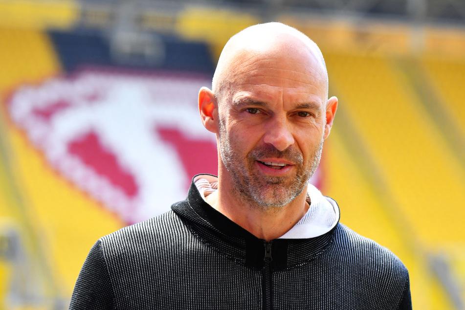 Sportlich fair: Dynamo-Coach Alexander Schmidt (52) vergisst beim derzeitigen Erfolg auch die Arbeit seines Vorgängers nicht.