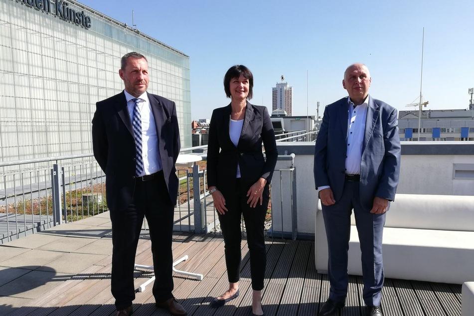 (v.l.n.r.): Wolf-Rüdiger Kliebes, Mirjam Luserke und Jörg Keim klärten in der Pressekonferenz über die momentane Situation auf dem Leipziger Wohnungsmarkt auf.