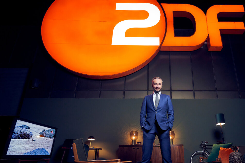 Neue ZDF-Show: Jan Böhmermann widmet sich Verschwörungstheorien bei Telegram