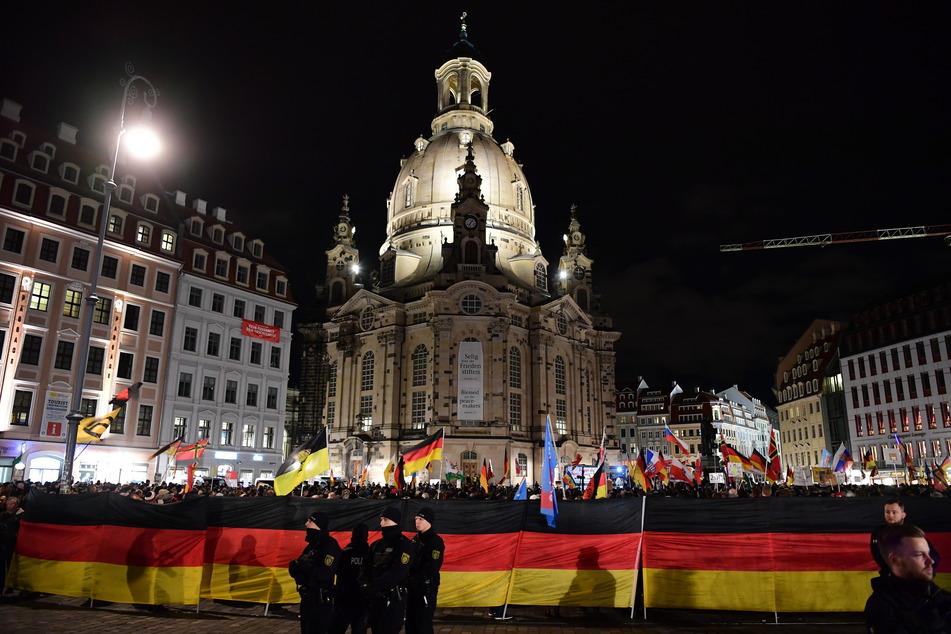Erst im Februar wurde zu dem 200. Abendspaziergang in Dresden aufgerufen.