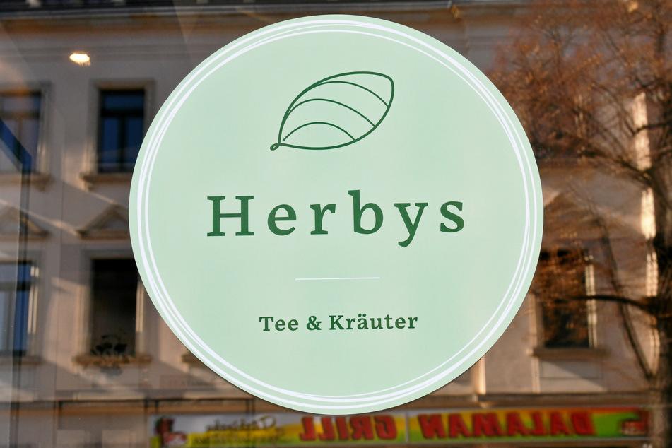 """Bei """"Herbys"""" gibt's Tees, Kräutermischungen und allerlei andere Hanf-Lebensmittel, die man im Supermarkt eher nicht findet."""