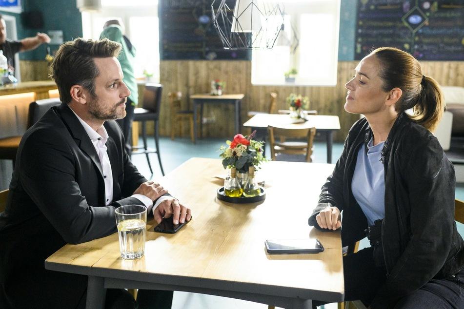 Justus will für seine Fehler geradestehen, behauptet er gegenüber Kommissarin Manuela Gerolt.