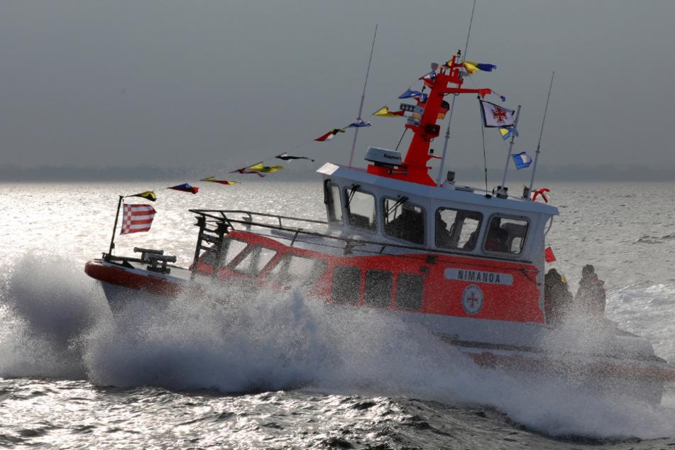 Bade-Unfall in der Ostsee: Tochter (15) rettet Vater vor dem Ertrinken
