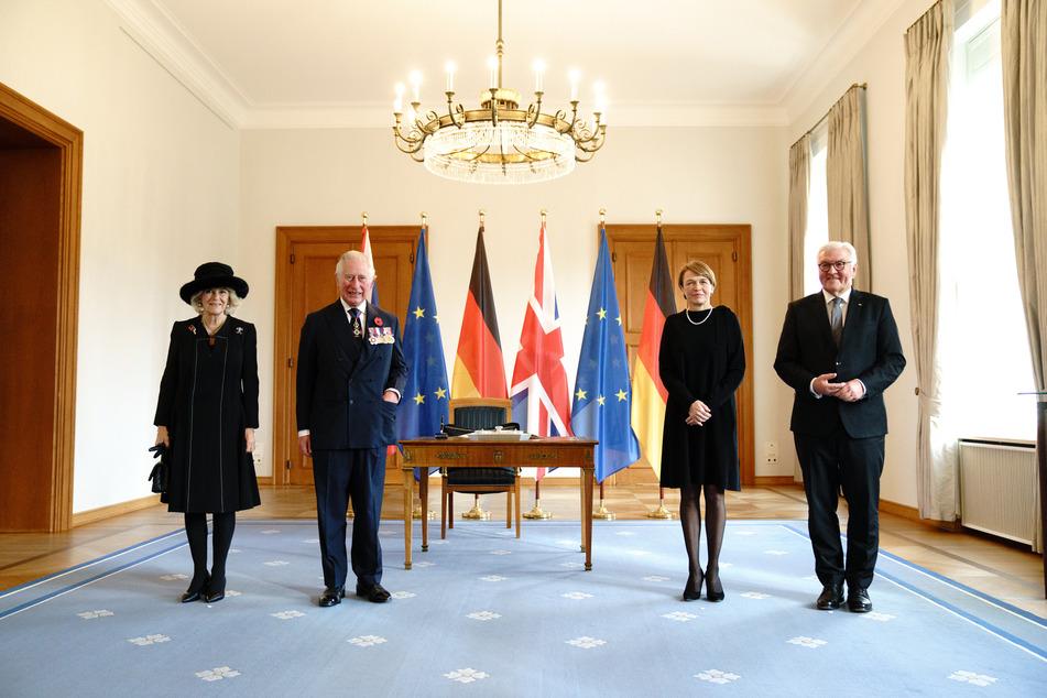 Der Prinz von Wales und die Herzogin von Cornwall sind anlässlich der zentralen Gedenkveranstaltung zum Volkstrauertag nach Deutschland gereist.