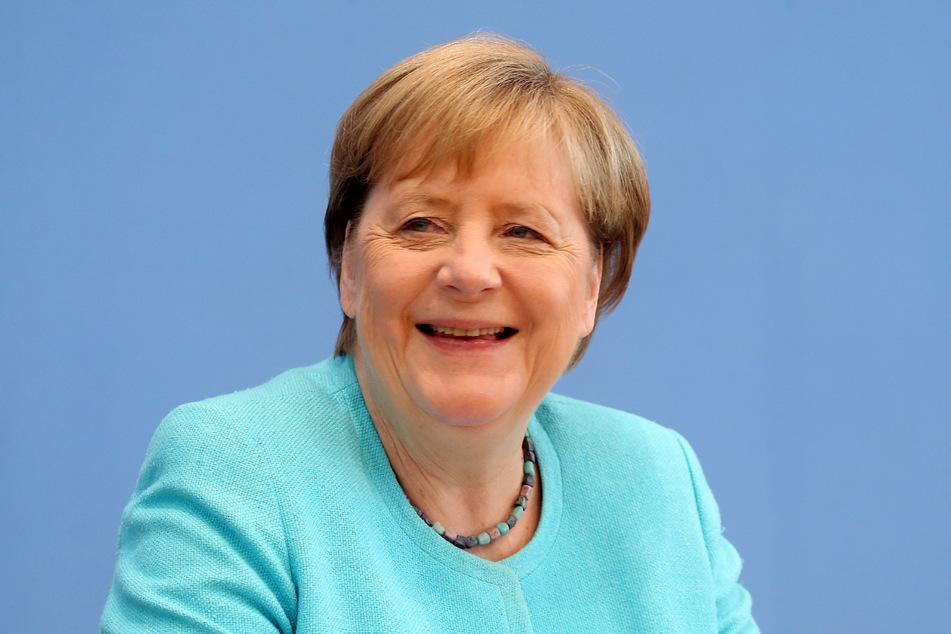 Bundeskanzlerin Angela Merkel (67, CDU) versuchte nach dem Wahl-Debakel von Thüringen den abgewählten Bodo Ramelow zu erreichen.