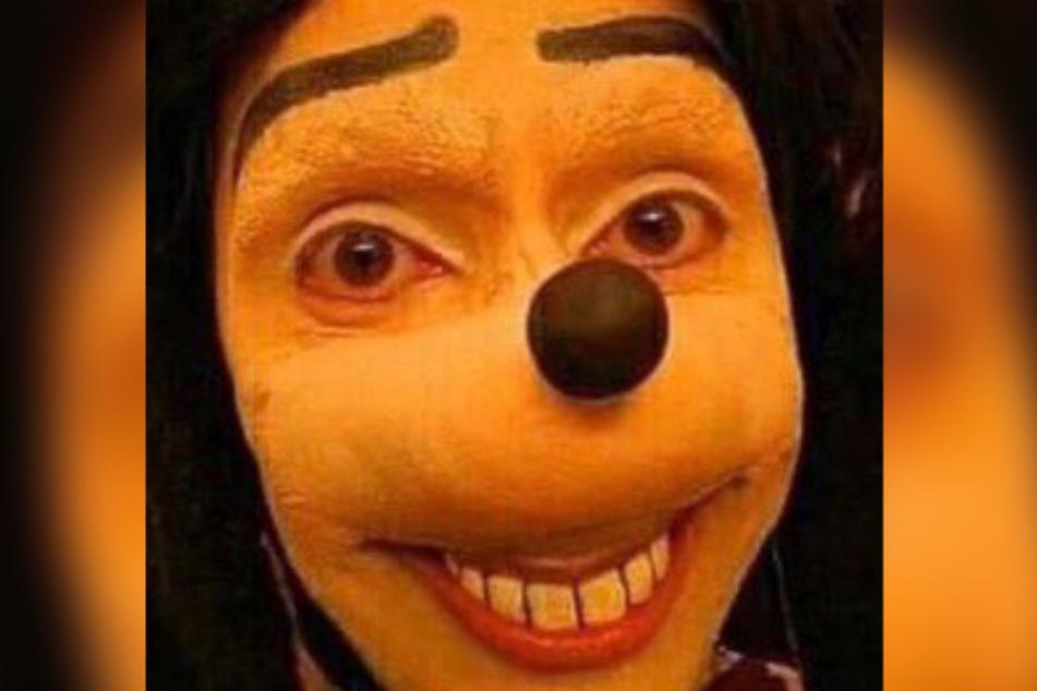 Im Internet fordert der Grusel-Goofy Jugendliche zu perversen Mutproben heraus.