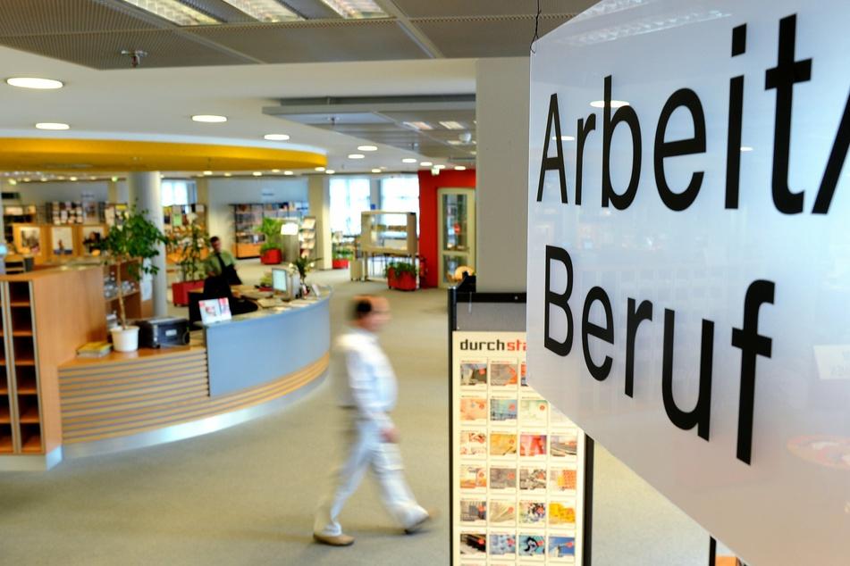 Blick in ein Arbeitsamt in Hannover. (Archivbild)