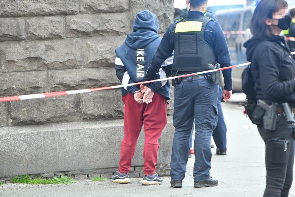 Mehrere Männer sind am Mittwochabend in Berlin-Neukölln in Streit geraten.