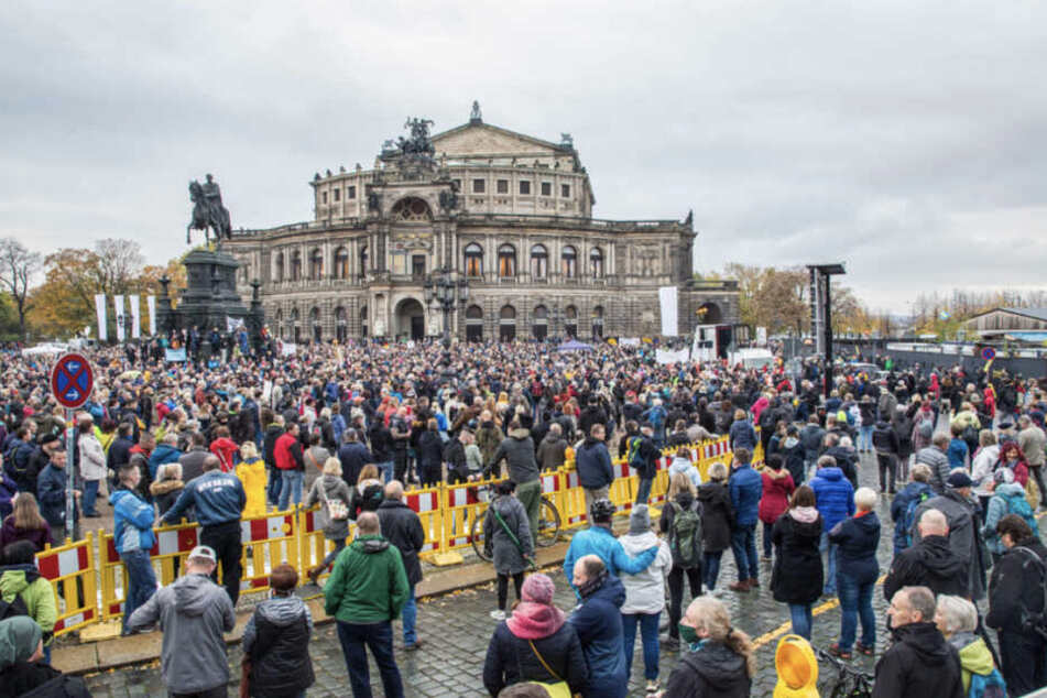 """Am vergangenen Wochenende erst demonstrierten die """"Querdenker"""" in Dresden."""