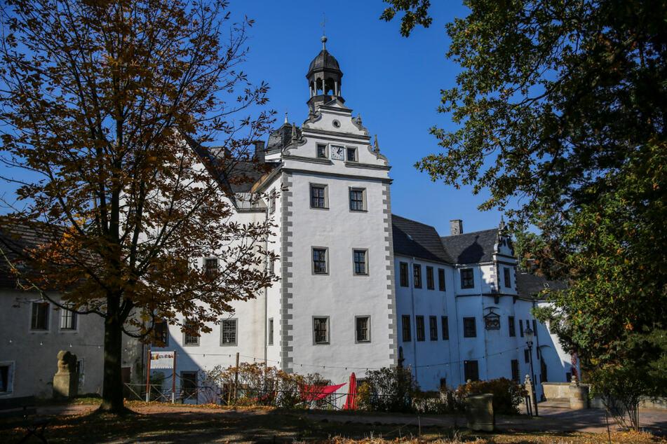 Am Schloss Lauenstein können Besucher ein besonderes Wandelkonzert erleben.