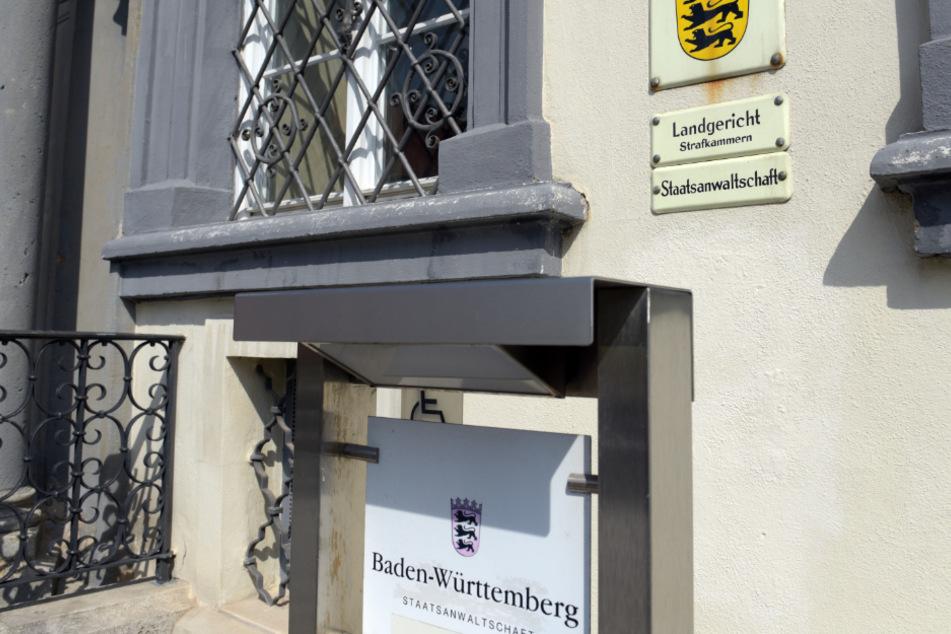 Angeklagter tot in Zelle gefunden: Mordprozess eingestellt!