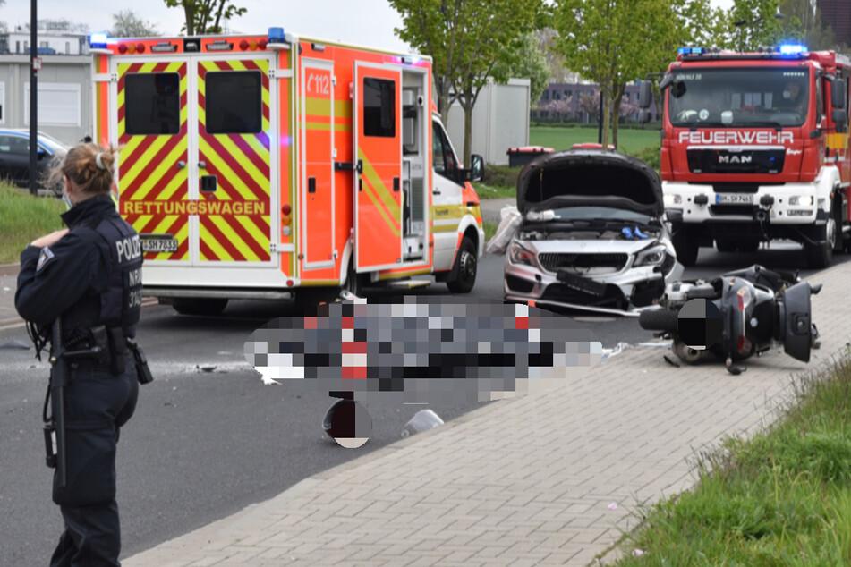 Der Rollerfahrer (57†) verstarb noch an der Unfallstelle auf der Winterstraße in Hürth.