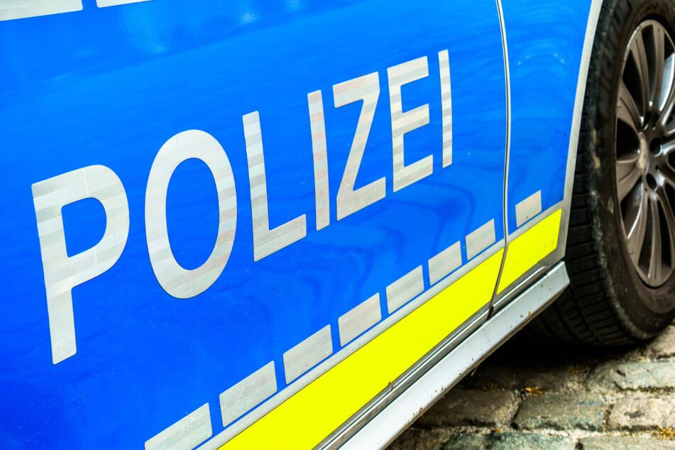 Die Polizei sucht Zeugen, die den Vorfall beobachtet haben oder Hinweise zur Identität des Gesuchten liefern können (Symbolbild).