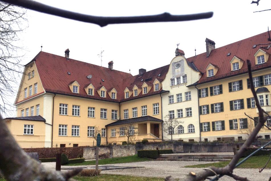 """""""Höllische Einrichtung"""": Sexpartys und Zwangsprostitution im katholischen Jugendheim?"""