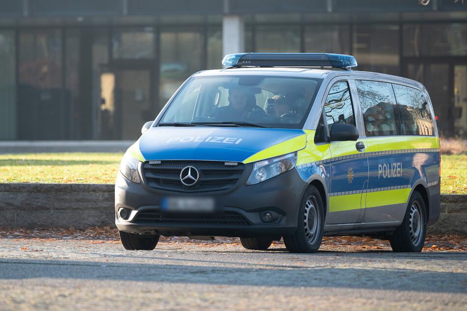 Die Polizisten entdeckten das Mädchen kurz nach dem Eintreffen. (Symbolfoto)