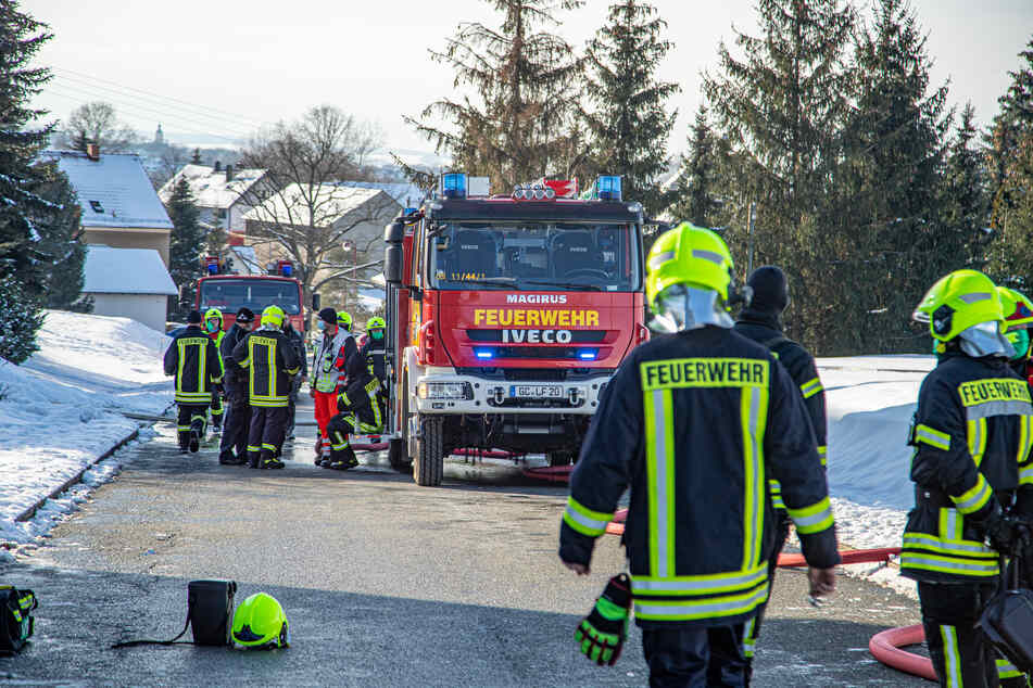 Bei dem Brand waren die Feuerwehren aus Reinholdshain und Umgebung im Einsatz.