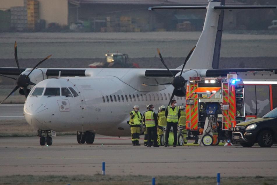 Frachtflugzeug muss auf Flughafen notlanden
