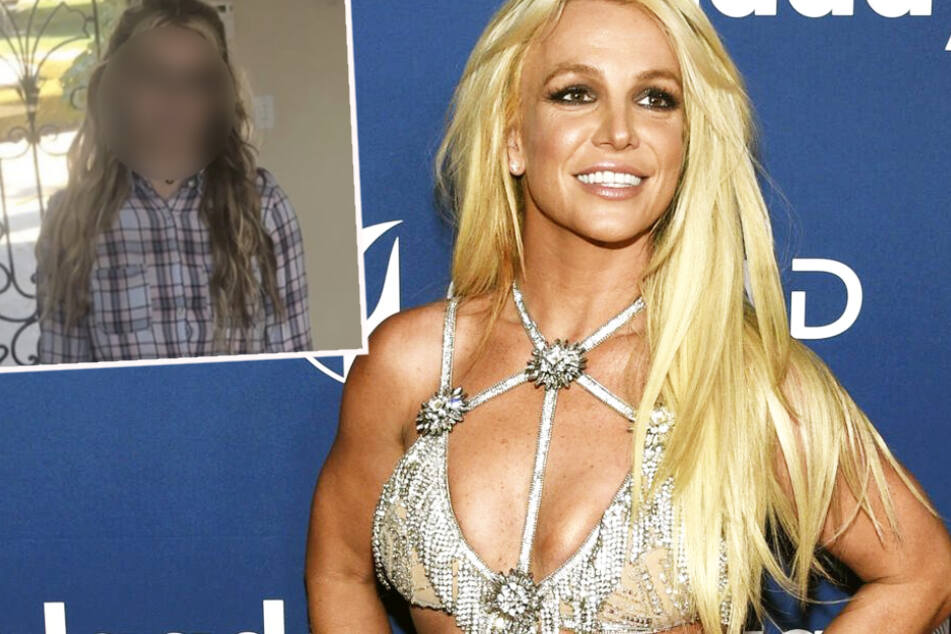 Britney, like you've never seen her before! Pop star surprises her fans on Instagram