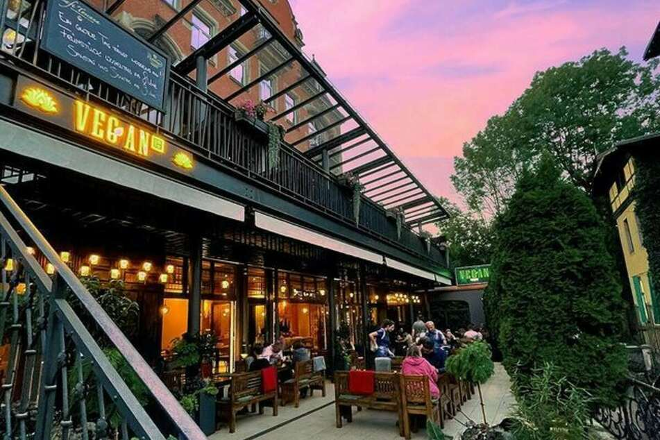 Wart Ihr schon in diesem coolen Restaurant am schillerplatz?