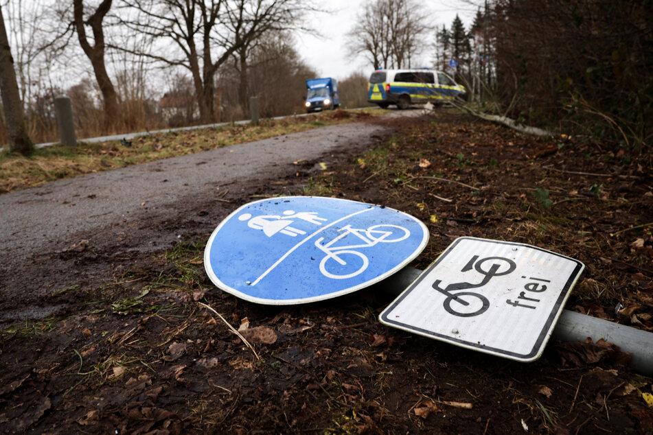 Der Autofahrer tötete an der Unfallstelle zwei Polizisten.