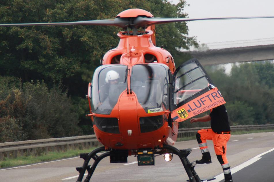 Ein Rettungshubschrauber landete auf der A45, doch für das 77 Jahre alte Unfall-Opfer kam jede Hilfe zu spät.