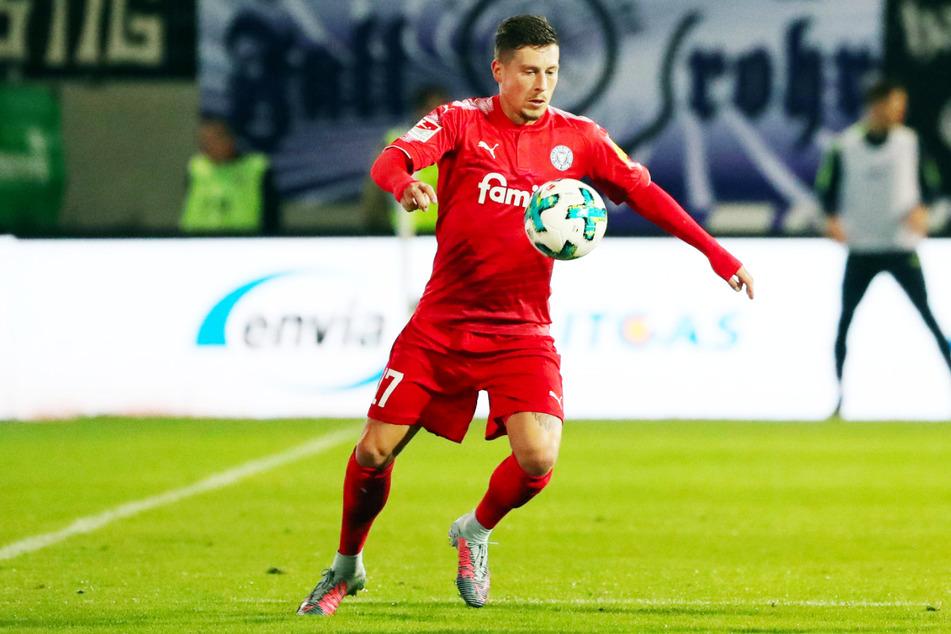 Steven Lewerenz (30) kickte einst für Holstein Kiel in der 2. und 3. Liga, nun ist der einstige Dynamo-Jugendakteur der Unterschiedsspieler der SG Sonnenhof Großaspach.