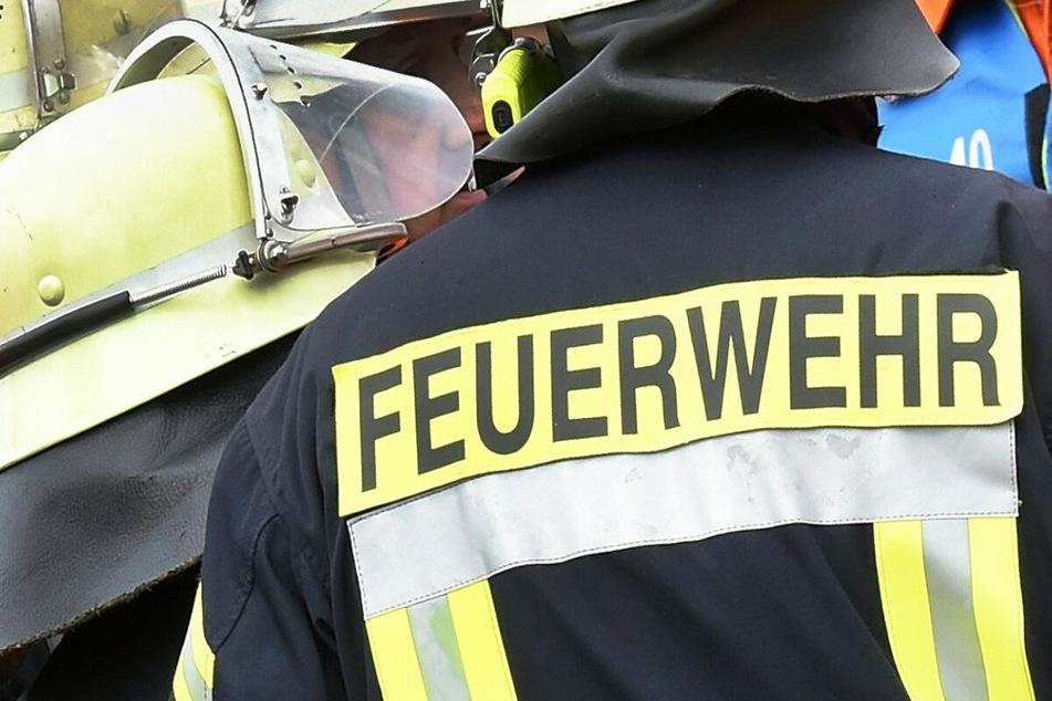 Wohnhausbrand in Ebensfeld: Die Feuerwehr musste im oberfränkischen Landkreis Lichtenfels ausrücken. (Symbolbild)