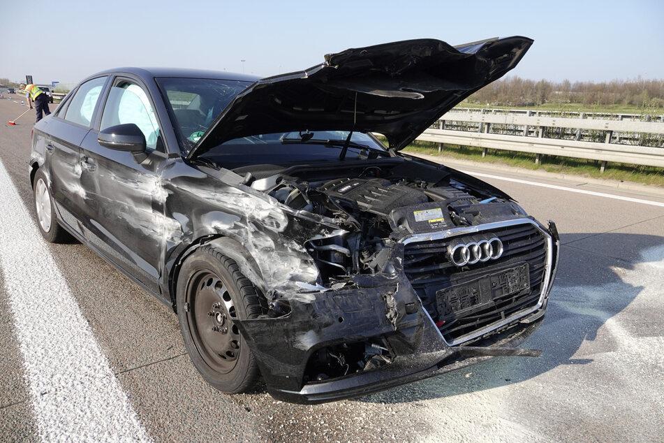 Unfall auf A72: Audi-Fahrerin kracht gegen Leitplanke