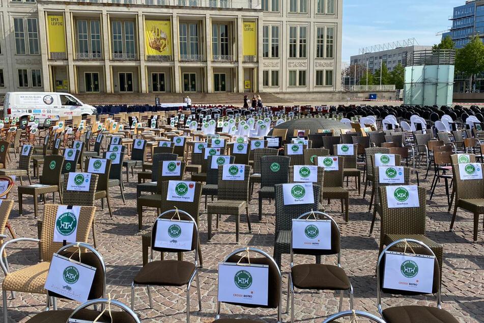 """""""Wir werden es nicht überleben"""": Gastronomen demonstrieren auf dem Augustusplatz"""