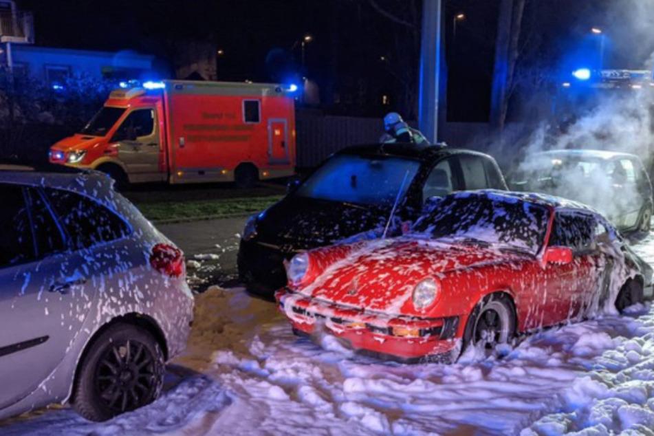 Porsche bleibt liegen, kurz darauf ein lauter Knall und der Oldtimer steht in Flammen!