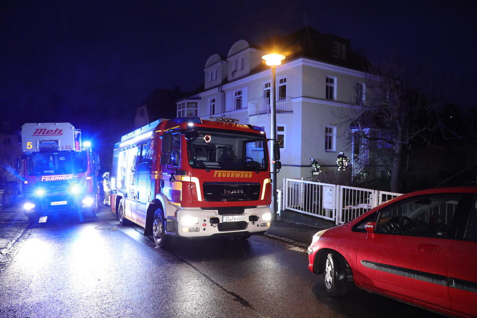 In Dresden hat es am heutigen Dienstag gleich mehrfach gebrannt. Die Feuerwehr war zum Glück stets zur Stelle.