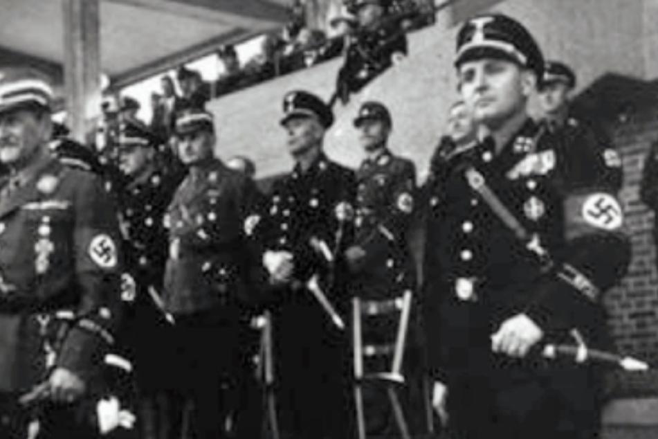 Das Archivfoto zeigt den Industriellen Willy Sachs in SS-Uniform (Archivbild).