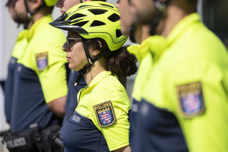 Auf zwei Rädern für Frankfurts Sicherheit: Erste Polizei-Fahrradstaffel vorgestellt
