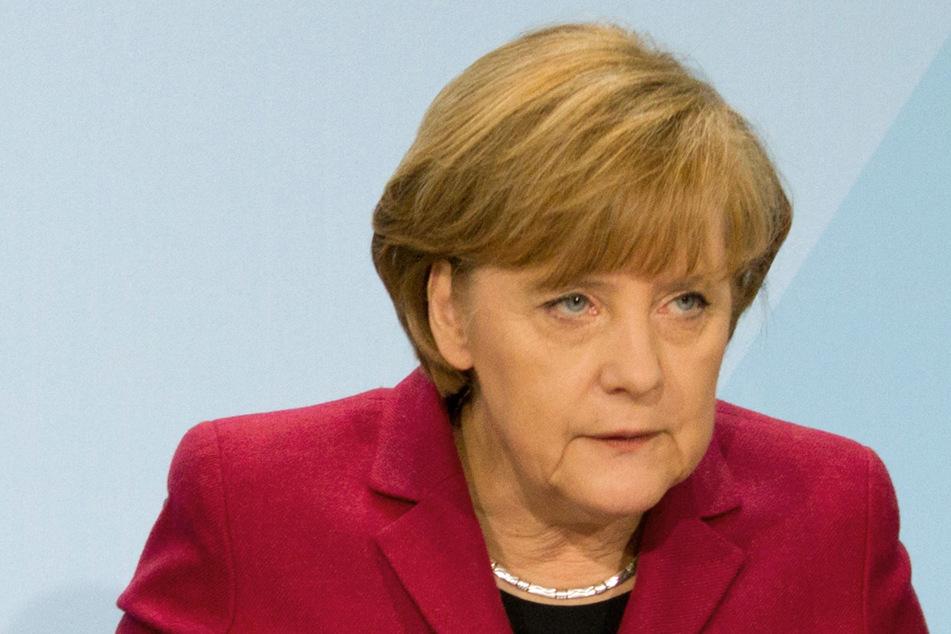 Angela Merkel (66, CDU) möchte keine weiteren Risiken eingehen, solang die Inzidenz-Werte so rasant steigen.