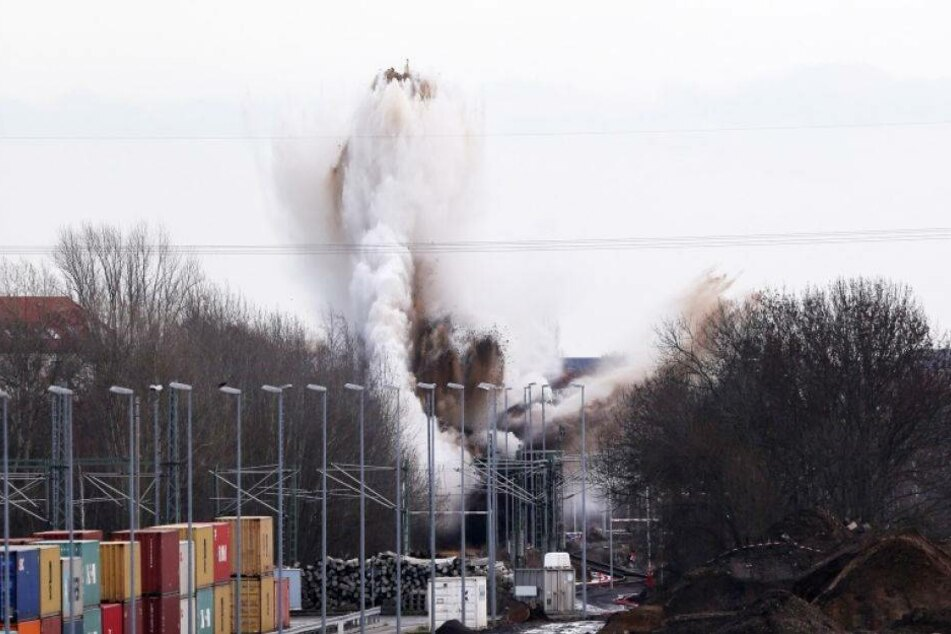 Sprengung von Fliegerbombe: Verkehr eingeschränkt