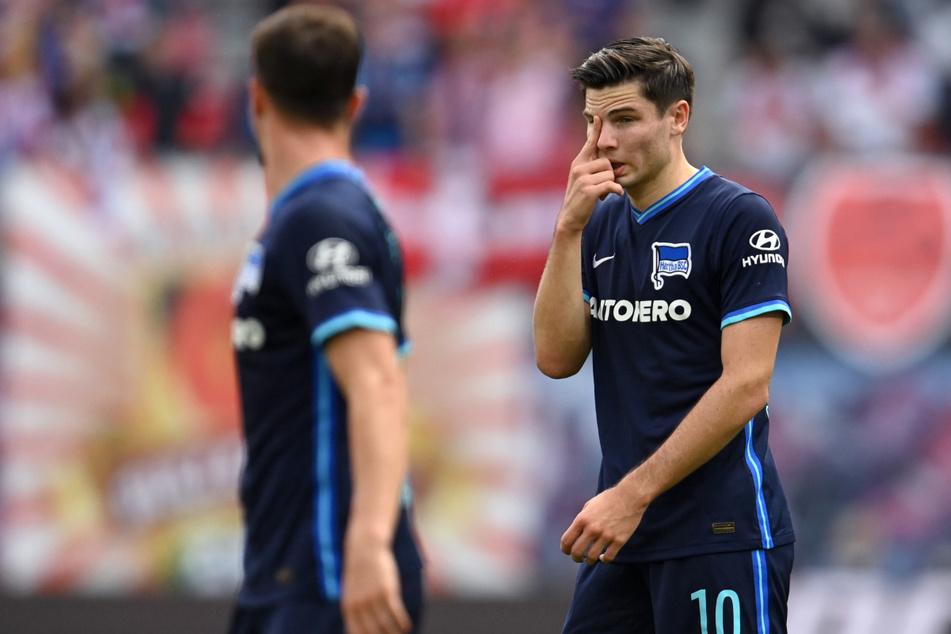Herthas Neuzugang Jurgen Ekkelenkamp (21, r.) und Vladimir Darida (30) hatten RB Leipzig nichts entgegenzusetzen.