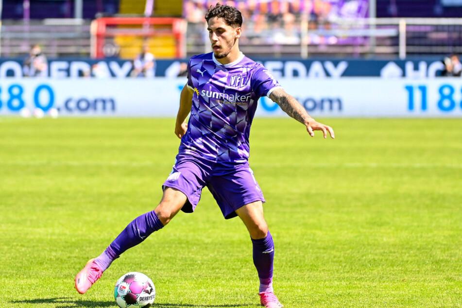 Ludovit Reis (21) hat beim HSV unterschrieben.