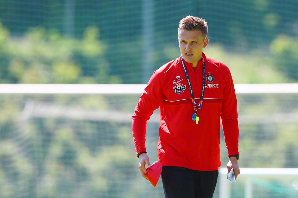 Nun sucht die Truppe von Aue-Trainer Aleksey Shpilevski (33) einen neuen Testspiel-Gegner für den 3. Juli.