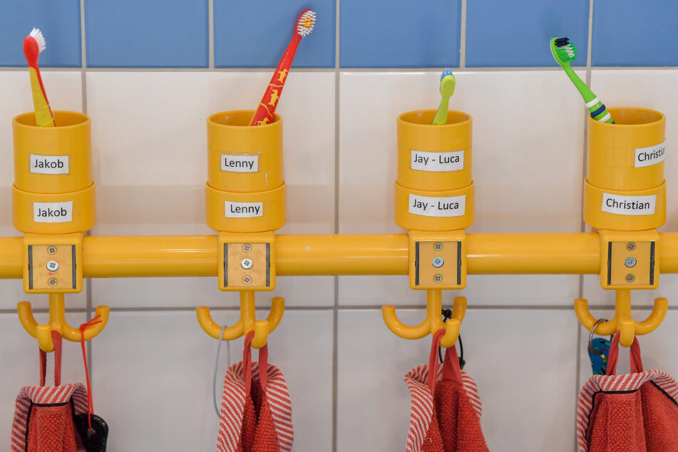 Die Notbetreuung von Berliner Kindern in den seit Wochen geschlossenen Kitas wird offenbar schrittweise ausgeweitet