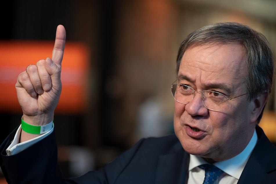 Armin Laschet (59), CDU-Bundesvorsitzender, mahnt zu realistischen Erwartungen bei dem Impfgipfel am Montag.
