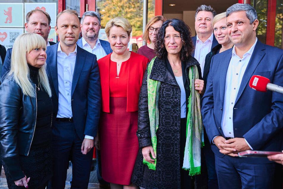 Bereits am Montag sind die Sondierungsteams von SPD, Grünen und FDP im Sitz des Berliner SPD-Landesverbandes zusammengekommen.