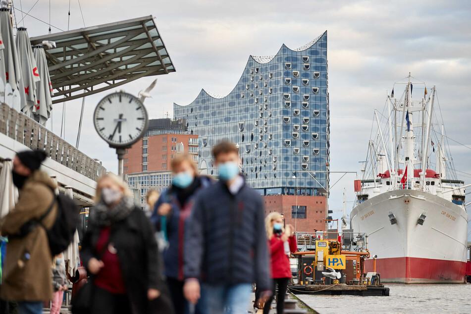 Auch der bei Touristen beliebte Bereich rund um Hafenstraße, Baumwall und Hafencity ist betroffen.