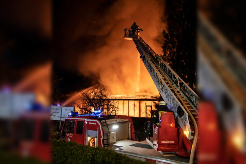 Das Feuer in der Industriestraße in Friedrichsdorf brach am Donnerstagmorgen aus.