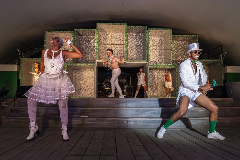 Sidonie Smith als Dionne und Michael B. Sattler als Hud rocken die Bühne.