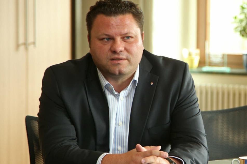 Hier noch ohne Bart: Oberbürgermeister Lars Kluge ist seit 2012 in seinem Amt.