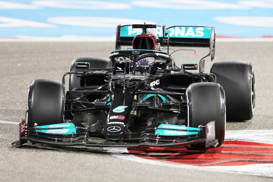 Lewis Hamilton (36) aus Großbritannien vom Team Mercedes gewann den ersten Formel-1-Grand-Prix des Jahres in Bahrain.