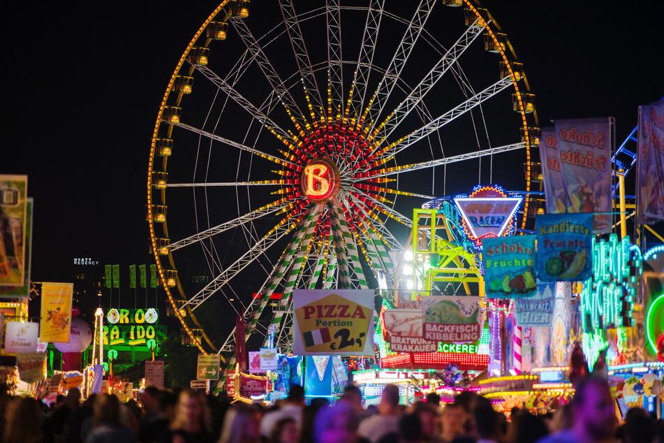 In NRW könnten Ende August schon wieder die ersten Volksfeste möglich sein. (Archivfoto)